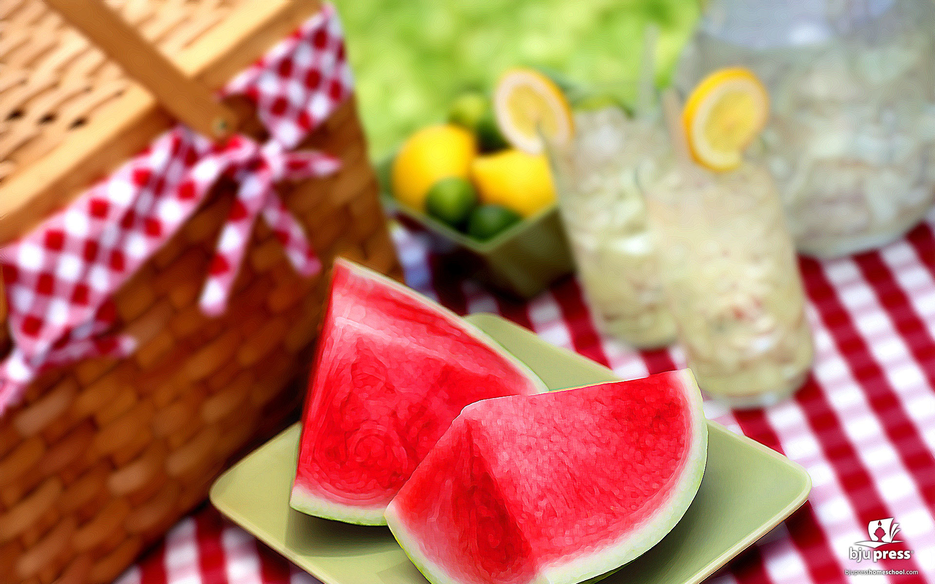 Picnic Basket Food Swaps That Will Help You Save Calories This Summer