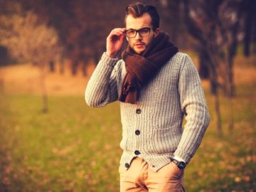 Man-in-glasses-with-cardigan-and-scarf-outside-3